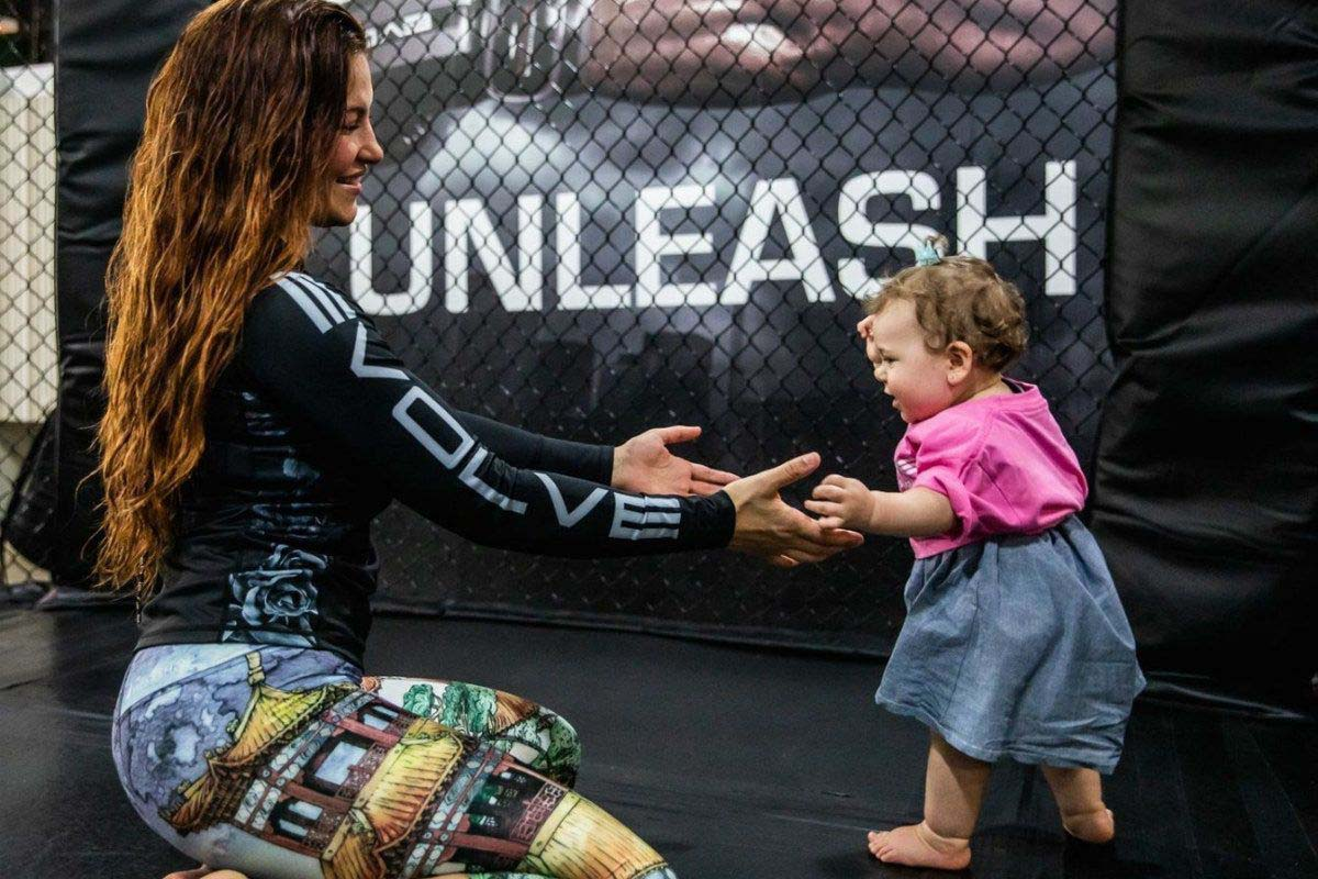 Miesha Tate and her daughter